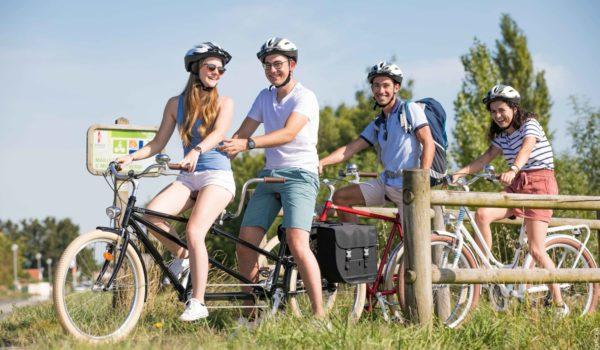 piste-cyclable-balisee-camping-petit-paris-sablesdolonne