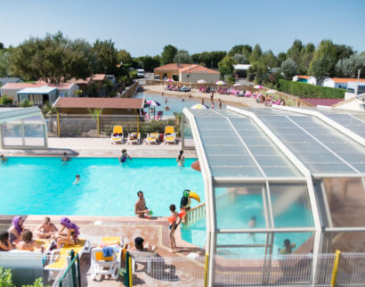 photo camping le petit paris en vendee piscine